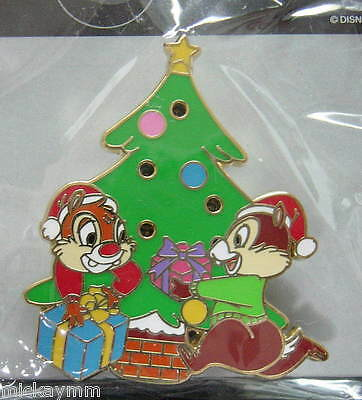 Chip & Dale Christmas Tree flash pin Disney Store Japan