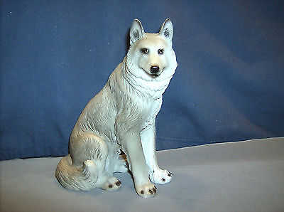 Wolf Figure  HD38971  Lykaios  ABC