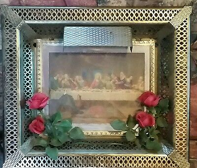 beautiful vintage framed last supper lighted picture with gold colored frame
