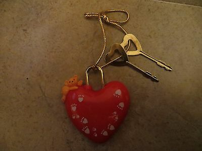 Heartline 1988 Valentines Heart with working lock and keys
