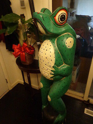 LARGE WOOD CARVING Ms. FROG OUT FOR A STROLL ONE PIECE OF WOOD NICE FOLK ART