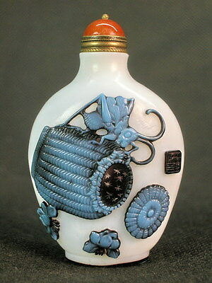 Eximious Chinese Two Cricket Carved Peking Overlay Glass Snuff Bottle