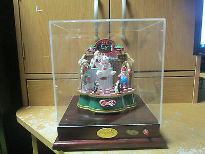 Coca Cola Musical Christmas Soda Shop With Dome Case! Works!