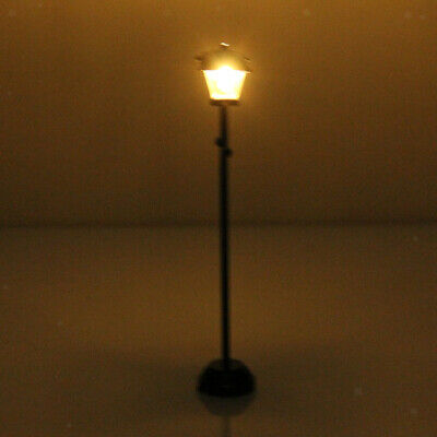 1:12 Dollhouse Miniature Black Metal LED Light Street Garden Lamp w/ Battery