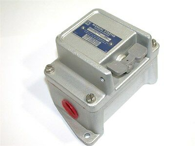 New Square D Class 2510 Fhp Manual Starter Fw-8