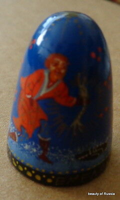HAND PAINTED WOOD  RUSSIAN THIMBLE   fairy tales   #5