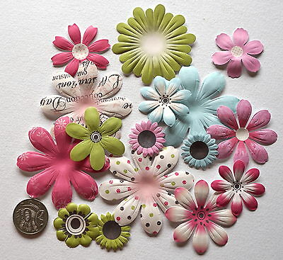 Scrapbooking No 188 - 14 Small To Large Punched Scrapbooking Mixed Flowers