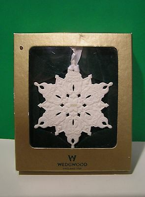 WEDGWOOD 2000 SNOWFLAKE ORNAMENT First Quality NEW in BOX