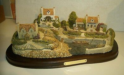Large Fraser Creations figurine THE HARBOR ( HARBOUR ) 3 houses seaside
