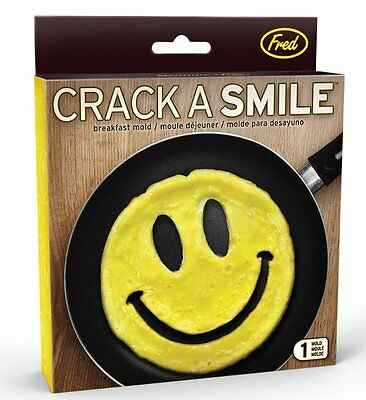 Fred CRACK A SMILE BREAKFAST MOULD Silicone EGG Pancake Mould SMILEY FACE