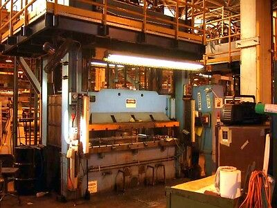 200 Ton Pacific Down Acting Hydraulic Press, Planet Machinery Stock #4704