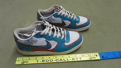 los angeles 5fcd4 41ca6 Vintage Nike Teal and Pink size 8.5 Woman Shoes 318489-100 Rare find Clean  Nice