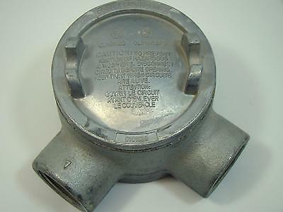 """Cooper Crouse Hinds 1"""" GUAL36 Hazardous Location Conduit Outlet Box with Cover"""