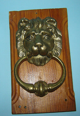 ANTIQUE OLD VINTAGE DOOR KNOCKER BRASS LION HEAD RING on WOOD