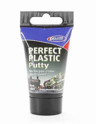 DLXBD044 - Deluxe Materials Perfect Plastic Putty