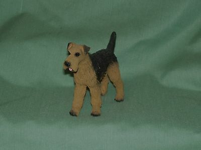 Airedale Terrier  Standing Figure~3-1/2""