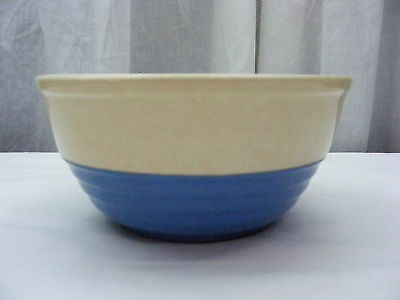 Vintage Universal Pottery Cambridge Serving Vegetable Bowl Blue White *2