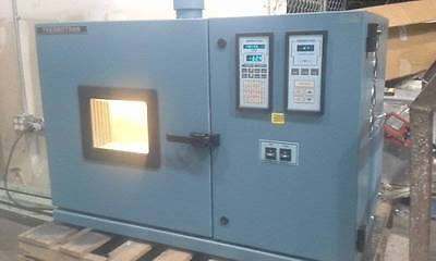 Thermotron S-1.2C  Environmental Test Thermo Temperature Chamber