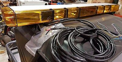 "New 55"" Whelen 9M Edge Series Lightbar 8 Strobes, 4 Flashers, Take downs"