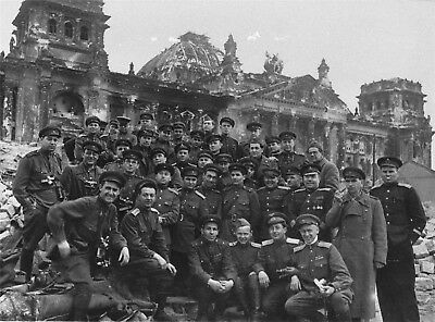 Russian Soldiers WWII Russia WW2 Group Photo Soviet