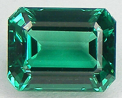 EXCELLENTE QUALITE T. ASSCHER 9x7 MM. EMERAUDE NANOCRISTAL LABORATOIRE
