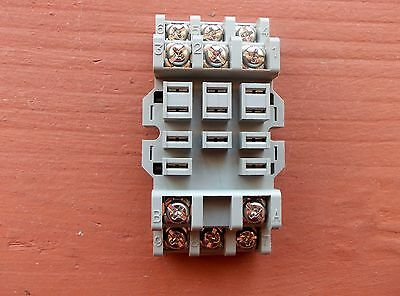 idec relay base diagram idec auto wiring diagram schematic 5 pair premium 12v 40a 5 pin relay 5 wire socket harness spdt on idec relay
