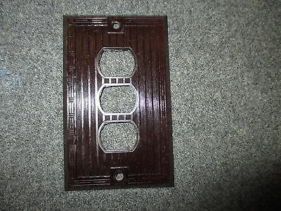 Vintage Bryant Despard System Bakelite Mcm Era Three Gang Switchplate Cover