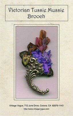 Victorian Tussie Mussie Brooch - Pattern by Janet Stauffacher - Wired Ribbon