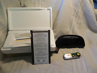 Franklin mint John Deere model R tractor collector knife. Mint in original box