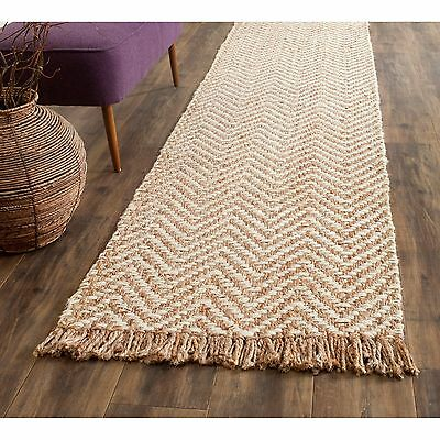 Safavieh Casual Natural Fiber Hand-Woven Bleach / Natural Jute Rug (2'6 x 8')