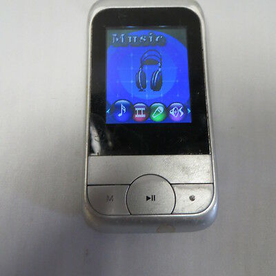 YARVIK PMP201V2 MP4 Player Silver Used