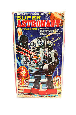 ROTATE-O-MATIC Super Astronaut Robot with Box