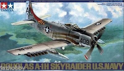 Tamiya 61058 1/48 Scale Model Aircraft Kit U.S.Navy Douglas A-1H Skyraider