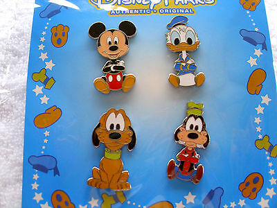 Disney * BIG HEAD ART BOOSTER - Mickey Pluto Goofy Donald *New in Pack 4 Pin Set