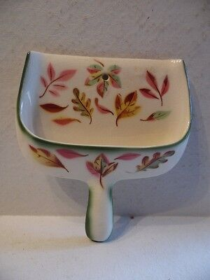 Vintage Foliage Leaves Dust Pan Wall Pocket