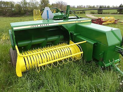 JOHN DEERE  336 BALER  WITH KICKER  bale straw last fall