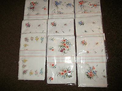 16 Or 8 Pack Ladies White + Floral Designs,handkerchiefs.hankies.free Postage
