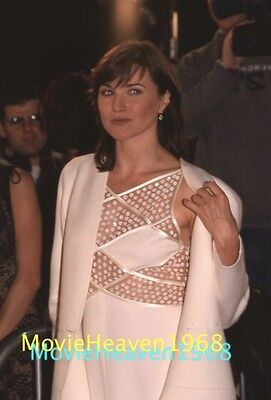 LUCY LAWLESS 35mm SLIDE NEGATIVE 10092 PHOTO TRANSPARENCY