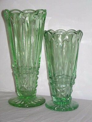 Art Deco Circa 1930's Depression Green Glass Vase 16cm High 7.5 Wide At Top
