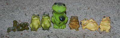 LOT Vintage Frog Figurines Figural Plastic & Ceramic Yellow Green Assorted Sizes