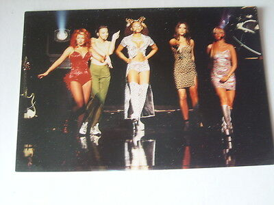 THE SPICE GIRLS  photo picture finishing a performance on stage with spot lights