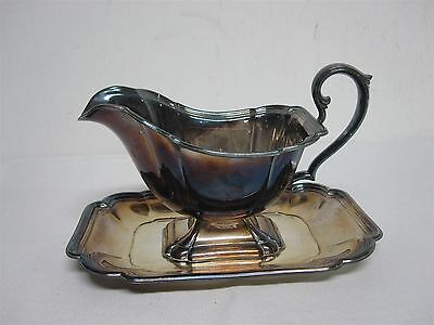 "VINTAGE INTERNATIONAL SILVER CO. ""CHADWICK"" 1513 SILVERPLATE GRAVY BOAT w PLATE"