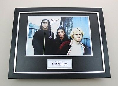 Krist Novoselic Signed Photo Framed 16x12 Nirvana Autograph Memorabilia Display