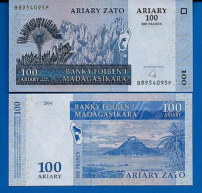 Madagascar P-86 100 Ariary Year 2004 Map Uncirculated Banknote