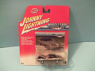 1973 PONTIAC GRAND AM SILVER series MUSCLE CARS USA by JOHNNY LIGHTNING