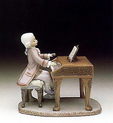 LLADRO 5915 Young Mozart  *Limited Edition* MINT
