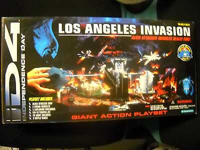 ID4 Independence Day Los Angeles Invasion Giant Playset