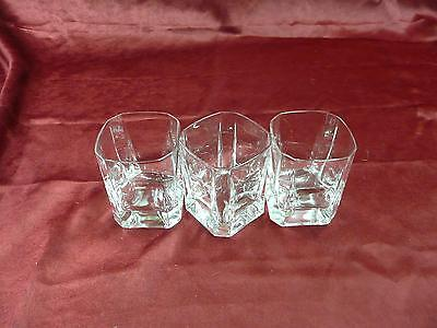 Set of three clear glass crystal whiskey tumblers kitchen bar dishes home