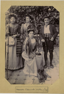 France Marseille Une famille pose  Vintage print Tirage citrate  11x16  Ci