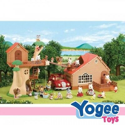 Sylvanian Families Value Pack: Tree House + Log Cabin + Family Saloon Car